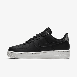 Кроссовки NIKE WMNS AIR FORCE 1 07 ESS